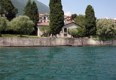 Property for sale - Lake Como Lake Como, Property For Sale, Beautiful Homes, Knight, Castle, Mansions, House Styles, Home Decor, House Of Beauty
