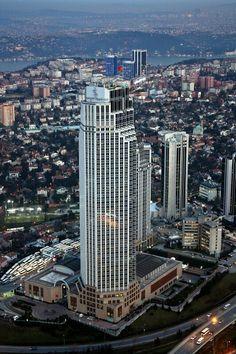 İstanbul / Levent  Foto: köfteci enişte