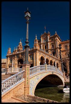 Goud en zilver voor SEVILLA de Andalusische hoofdstad symbool voor het klassieke Spanje Plaza de España  Sevilla  Spain