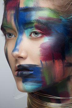 Creative Makeup Photography, Beauty Makeup Photography, Paint Photography, Creative Portraits, Beauty Shoot, Beauty Art, Catwalk Makeup, Extreme Makeup, High Fashion Makeup