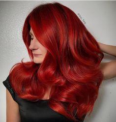 Crimson Hair Color Ideas 2020 63 Hot Red Hair Color Shades to Dye for Red Hair Dye Tips Red Hair Tips, Red Hair Men, Hair Dye Tips, Brown Hair, Ash Brown, Burgundy Hair, Vibrant Red Hair, Cherry Red Hair, Bright Hair
