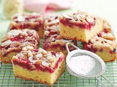 This gorgeous dessert is a flavour and texture sensation that will delight your friends and family. A sweet, gooey raspberry topping sits beautifully atop a fluffy, vanilla slice. Add a crumbly, almond topping for extra crunch. Best Rocky Road Recipe, Afternoon Tea Recipes, Cafe Food, Almond Recipes, Gluten Free Baking, Sweet Bread, Food To Make, Raspberry, Sweet Tooth