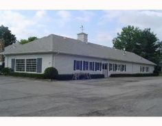 LEASED!!  Amazing 3400 sq ft of space with High traffic location. Comes with a modified and afordable nnn lease.