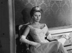 Sophia Loren - Semplicemente diva - 1934 - oggi