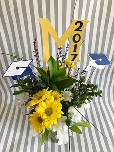Graduation Centerpiece - Graduation Party - Graduation Decorations - Class of 2017 - 2017 Graduation - College Graduation - High School Grad by KDODesigns on Etsy