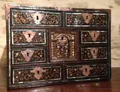 "Cabinet ""Namban"", Japon pour l'occident, Période Momoyama ( 1573-1603)"
