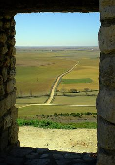 Urueña (Villa del Libro), Valladolid. Spain Scenery Photography, Natural Park, Window View, Spain And Portugal, Culture Travel, Spain Travel, Ecology, Ramen, Countries
