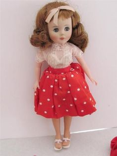 VINTAGE BEAUTIFUL 1958 10.5 INCH AMERICAN CHARACTER TONI DOLL