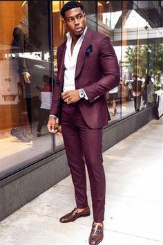 Prom Suit Slim Fit, Mens Slim Fit Suits, Burgundy Suit, Designer Suits For Men, Mens Fashion Suits, Well Dressed Men, Mens Clothing Styles, Jacket Men, Blazer Jacket