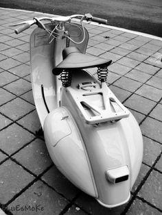1958 Vespa VN2