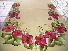 Basic Painting, Block Painting, Silk Painting, Saree Painting Designs, Fabric Paint Designs, Painted Beds, Hand Painted Fabric, Bed Sheet Painting Design, Sunflower Quilts