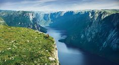 Gros Morne National Park is a Hiking Area in NL. Plan your road trip to Gros Morne National Park in NL with Roadtrippers. Newfoundland Canada, Newfoundland And Labrador, Vancouver, Cn Tower, Niagara Falls, Gros Morne, Terra Nova, Nature Sauvage, Banff National Park