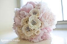 soft pink and white flower arrangements - - Yahoo Image Search Results