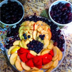 Mickey mouse fruit tray - could do this with veggies, maybe.