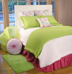 Styling Teen Bedding Collection  Fab for teen girls  at  www.sweetnsourkids.com