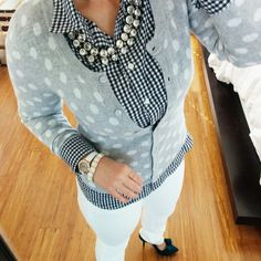 Love the play on patterns in this spring outfit! So cute!