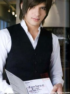 Shirota Yuu looks so inviting, I can't even...