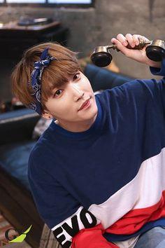 Hoje é o dia dele parabéns J-Hoon, que você continue sendo essa pessoa engraçada e muito sucesso para você e o B.I.G♥♥♥♥♥