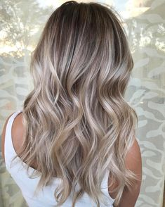 "2,754 Likes, 38 Comments - South Florida Balayage (@simplicitysalon) on Instagram: ""I'm feeling this balayage used @Pravana Pure Light Creme Lightener and @uberliss kept her hair…"""