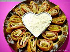 Hoy te voy a enseñar a hacer una receta de cocina irresistible, unos rollitos de hojaldre rellenos de pollo, bacon y queso y acompañados con una salsa a base de nata o crema de leche. Este plato es estupendo para cualquier celebración que tengas por casa y ten por segu