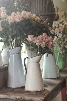 enamelware pitchers + roses | collectibles + home decor