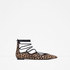 Image 1 of PRINTED LEATHER LACE-UP BALLERINAS from Zara