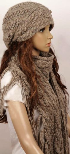 I like the slouchy hat look on young, skinny, hipster chicks. But would I like the look on me???