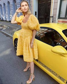 Fashion Forecasting, Street Style, Photo And Video, Yellow, My Style, Day, How To Wear, Vintage, Outfits