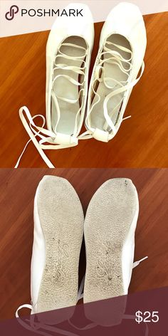 Lacoste Lace-Up Ballet Slippers Shoes are mesh-lined, can be worn with or without laces. Lacoste Shoes Flats & Loafers