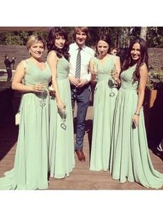 2016 green v neck long chiffon modest cheap pleated bridesmaid dress new  arrive hot sale plus size bridesmaid Dress BD900-in Bridesmaid Dresses from  ... 0799dde953d6