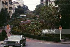 04-04 Two Volkswagen vans travel down Lombard Street in San... #ortasangiulio: 04-04 Two Volkswagen vans travel down… #ortasangiulio