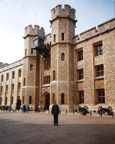 1999 London tower jewel house
