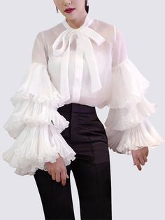 Fashion High-Waist Pure Colour Slim Belted Shirt - Fashion High-Waist Pure Colour Slim Belted Shirt – blouses for women,blouses fall,blouses for teen - Look Fashion, Fashion Show, Womens Fashion, Fashion Tips, Fashion Design, Fashion Trends, Weird Fashion, Fall Fashion, Fashion Ideas