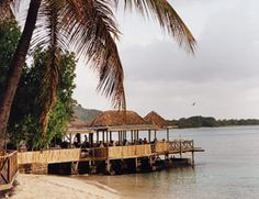 Basil's Bar, Mustique - Town & Country TRAVEL