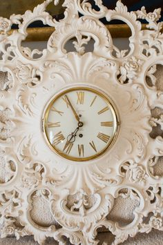 Large Ornate Vintage Syroco Wall Clock