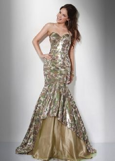 camo print prom dress-you can't hunt in that.