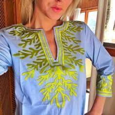 054d048bd5a Gretchen Scott The Reef Tunic in Pale Blue / Lime Super adorable Gretchen  Scott Tunic-