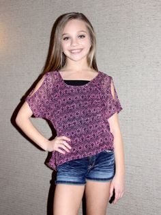 Is it sad that i want an 11 year olds life? Yeah it is.... But I love this little girl, she is so presh. Maddie ziegler :)