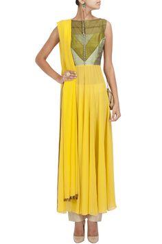 Yellow patchwork georgette kurta set BY MANISH MALHOTRA Shop the designer now at: www.perniaspopups... #perniaspopupshop #manishmalhotra #newcollection #softhues #stunning #fashion #amazing #style #campaign #fabulous #musthave #summerwedding #happyshopping