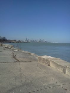 Bike riding on Chicago lakefront when its warm and sunny!!