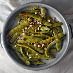 The Importance of Availability: Roasted Romano Beans with Hazelnuts and Smoked Paprika - Turntable Kitchen Easy Vegetable Recipes, Vegetable Sides, Vegetarian Recipes, Green Beans, Keto Side Dishes, Side Dish Recipes, Romano Beans Recipe, Paprika Recipes