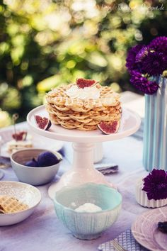 White chocolate waffles with fig jam