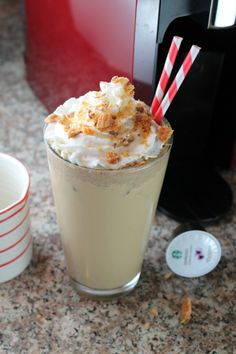 Butterfinger Iced Latte from Miss in the Kitchen