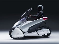 Three Wheeled Electric Honda 3R-C Vehicle