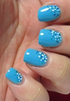 Dotted manicure 4
