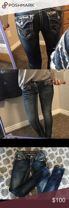 Rock Revival skinny jeans size 23 Original length, not altered. Size 23. Super cute on. Look brand new. No missing crystals or anything. Rock Revival Jeans Skinny