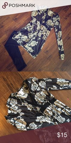 White House black market mesh longsleeve Beautiful floral print to this lightweight tunic style floral long sleeve. Wear with some leggings and flats! Shirt only for sale White House Black Market Tops Tunics