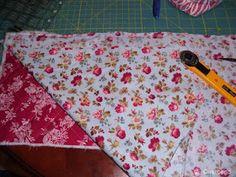 Charo's Patchwork: Tutorial bolsita acolchada. Drawstring Bag Tutorials, Picnic Blanket, Outdoor Blanket, Stitch Patterns, Crochet Patterns, Small Blankets, Different Stitches, Crochet Round, Crochet For Beginners