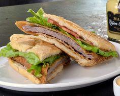 Aprenda a incrementar o sanduíche de filé-mignon a milanesa com essa receita do restaurante Vaca Véia