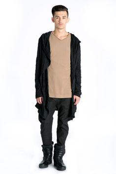 #cardiganmen #black #casual  http://www.bluzat.ro/produs/cardigan-cu-gluga-si-buzunare/